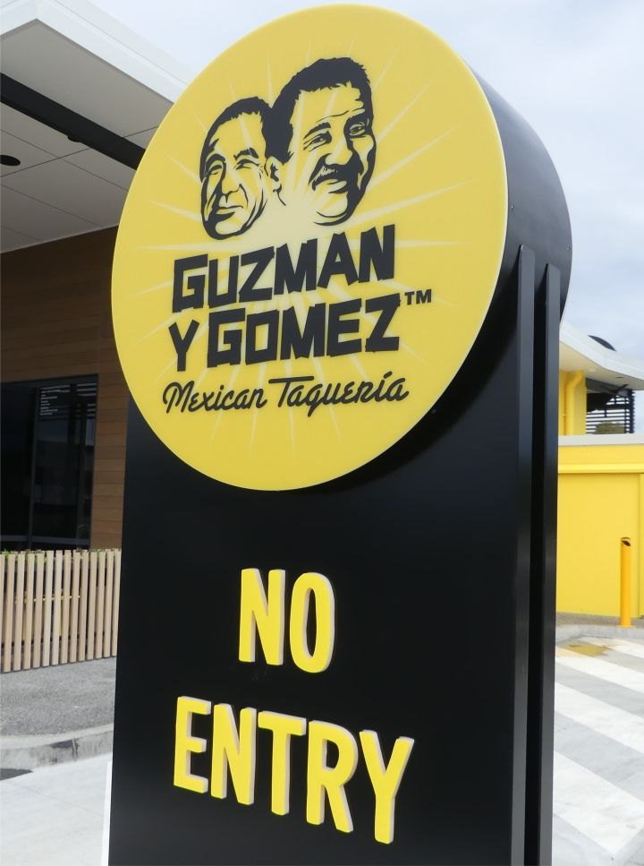 storefront exterior signage